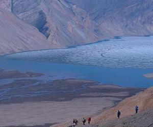 buchanan-lake-axel-heiberg-island-nunavut-lg.jpg