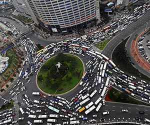 Epic traffic jam in China Where 999 on gps for cars and trucks
