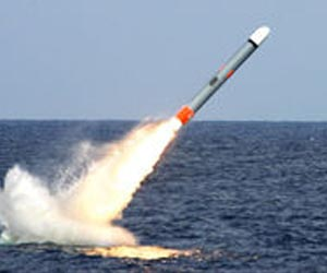 submerged-tomahawk-launch-missile-lg.jpg